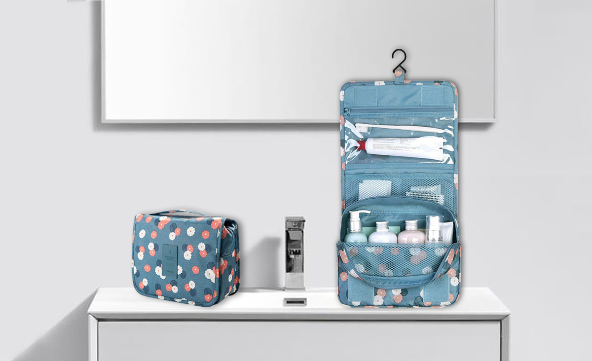 hanging toiletry bag, storage organisers, travel organisers, travel essentials, storage organisers, travel pouces