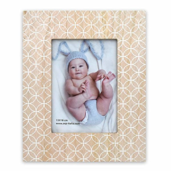 wall photo frames, table top photo frames, photo frames online